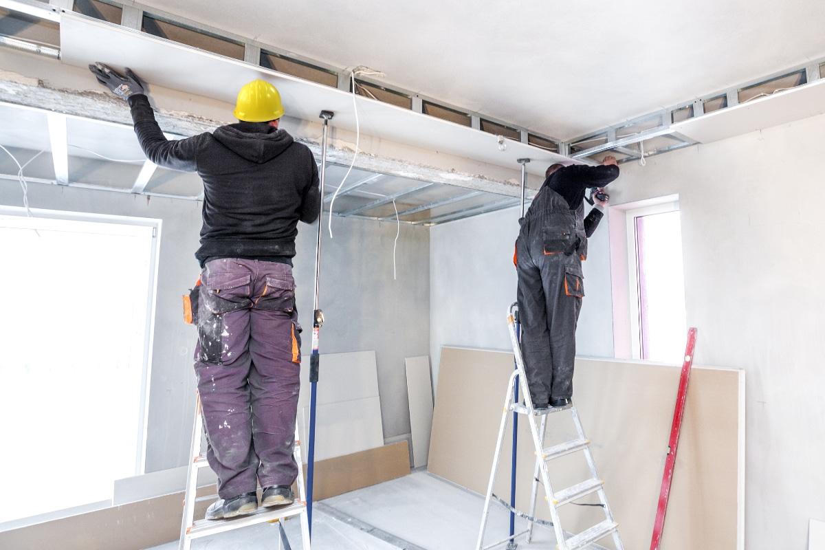 plafond plaatsen